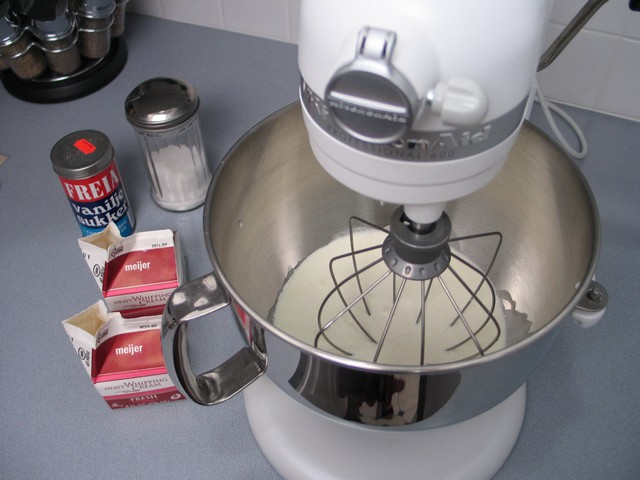 Whipping cream Kitchen Aid