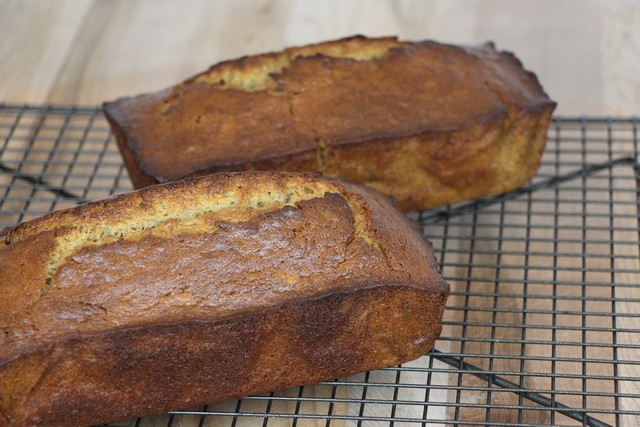 Banana bread recipe, homemade from scratch