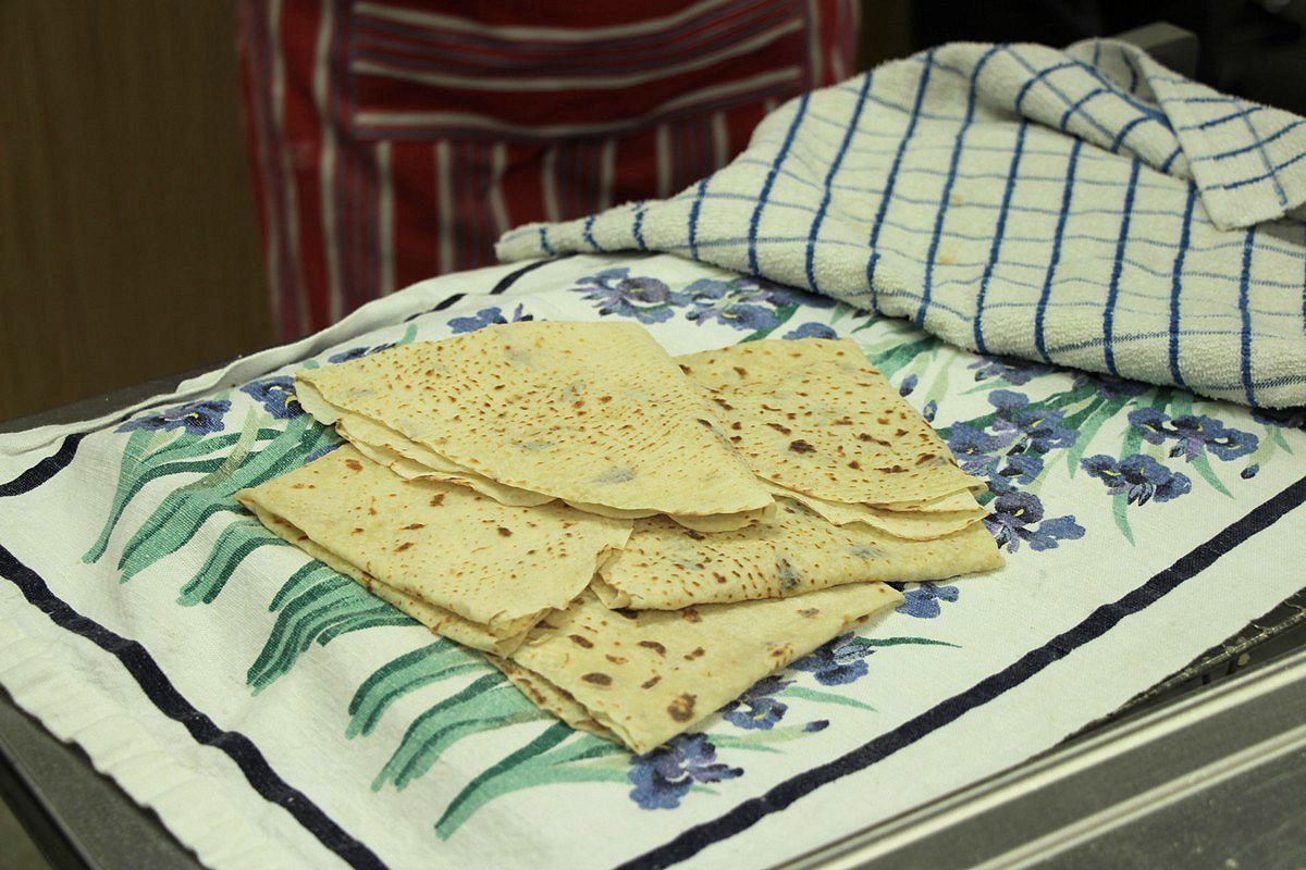 Lefse, finished baking