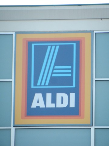 ALDI discount grocery store, Top 20 list of favorite products. They also carry natural foods, organics, and gluten free.