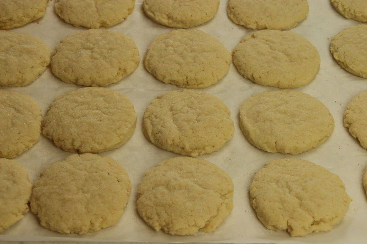 Super tasty cream cheese sugar cookies. Recipe and pictures.